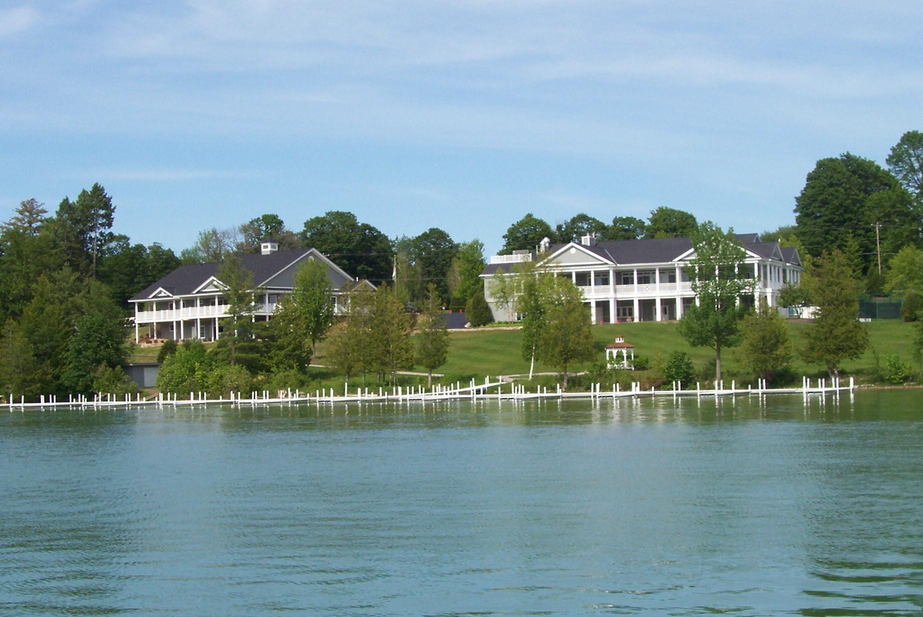 Walloon Lake Country Club